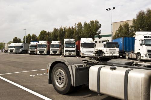 Aparcamiento de camiones - 2 4