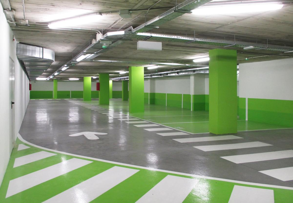Alquila una plaza en el aparcamiento de plaza catalunya for Plaza de aparcamiento