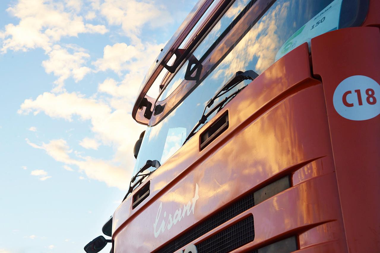 Aparcamiento de camiones - 2 3
