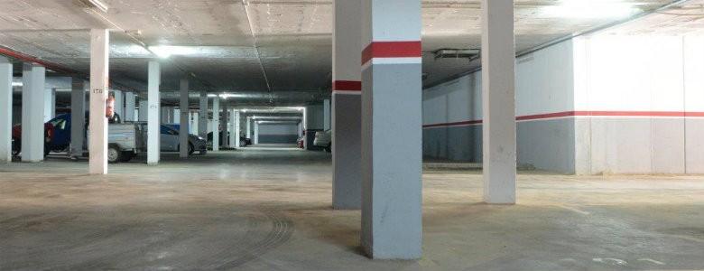 Fotografia de l'aparcament de Sant Cosme, Illes 12 i 13
