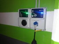 Conexión para vehículos eléctricos Aparcamiento Verge de Montserrat con Remolar