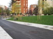 Recta final de los trabajos de urbanización de la Pl. Catalunya